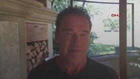 Arnold Schwarzenegger'den Trump'a Çağrı 'İşini Bana Devret'
