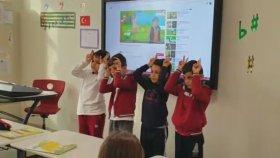 Karınca Çocuk Şarkısı Orff Şarkısı Öğrenciler Söylüyor Ümraniye Mektebim Okulu Hüma Çankaya
