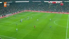 Vodafone Arena'da Taraftar Sahaya İndi