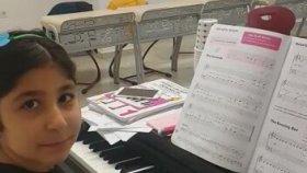 Piyano dinletisi Performans Sena Kara Beylikdüzü Mektebim Okulu Melike Aysın Gamgam