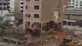 Ekskavatör Operatörünün Binayı Başına Yıkması