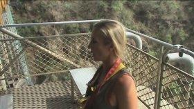 Victoria Şelalesinde Bungee Jumping