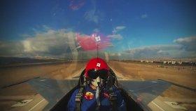 15.000 Fit'e 45 saniyede Çıkan Jet Pilotu