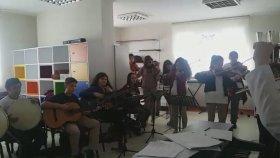 Fikrimin İnce Gülü Fatih Mektebim Okulu Okul Orkestrası ve Korosu Öğretmen Handan Bayram
