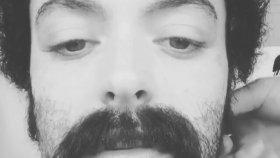 Ezgi Mola'nın Sosyal Medyayı Sallayan Erkeklik Halleri