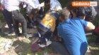 Otomobil Şarampole Yuvarlandı : 2 Ağır Yaralı