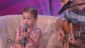 4 Yaşındaki Kız ve Babasından Muazzam Performans !