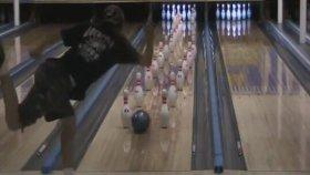 Muhteşem Bowling Gösterisi
