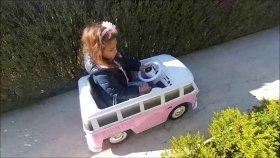 otobüs ile bahçede geziyoruz bu otobüs tam çılgın , eğlenceli çocuk videosu