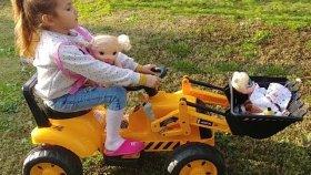 Elife yeni iş makinası traktör inşaat makinası , eğlenceli çocuk videosu , toys unboxing
