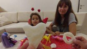 PLASTİKTEN KENDİ OYUNCAĞINI KENDİN YAP , eğlenceli çocuk videosu