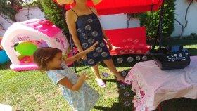 Elife Büyük Baloncuk makinası , Kar makinası istedik baloncuk oldu : : ) eğlenceli çocuk videosu