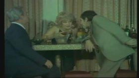 Amigo Hüsnü - Aydemir Akbaş ( 1975 - 67 Dk )