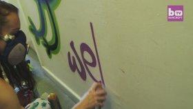 Çocuklarıyla Birlikte Sokaklara Grafiti Yapan Kadın