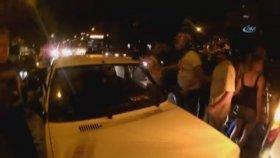 Trafikte Bıçaklı , Levyeli Ve Sopalı Kavga Kask Kamerasına Yansıdı