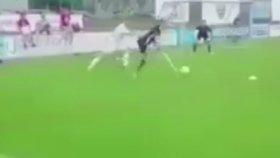 Engelleri Aşan Yetenekli Futbolcu