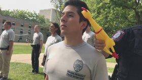 Abd'de Polis Akademisinde Uygulanan Tavuklu Ciddiyet Testi