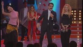 İbrahim Tatlıses Kızlara Oryantal Dansı Yaptırıyor ( İbo Show )
